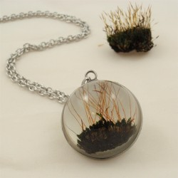 Moss Necklace half sphere