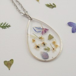 Flower Confetti Drop Necklace