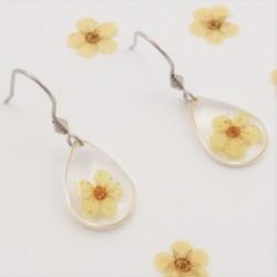 Minimalistic Flower Earrings